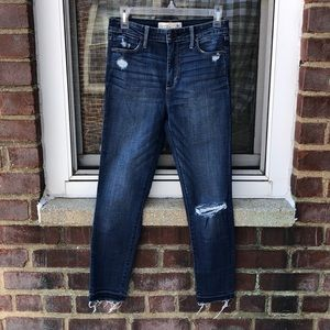 Abercrombie & Fitch Ankle Jeans size 4R